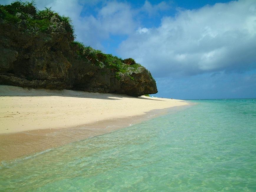 沖縄 本部 瀬底ビーチ2