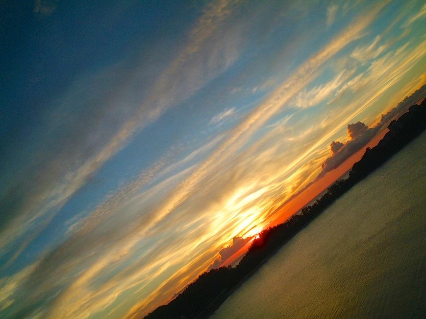 沖縄 部瀬名岬の夕日