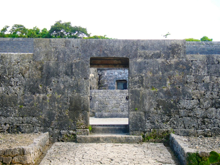 沖縄 世界遺産 玉陵2