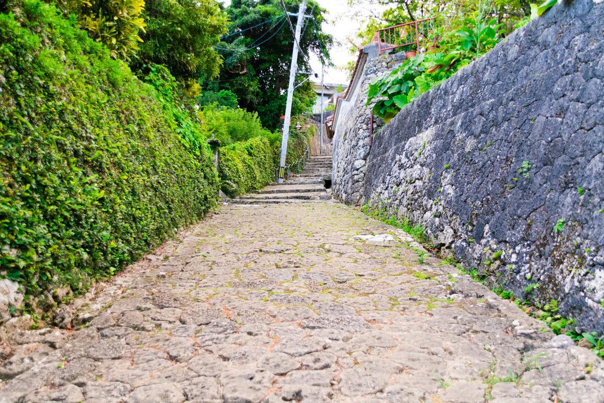 琉球時代にタイムスリップ?首里金城町石畳を歩く