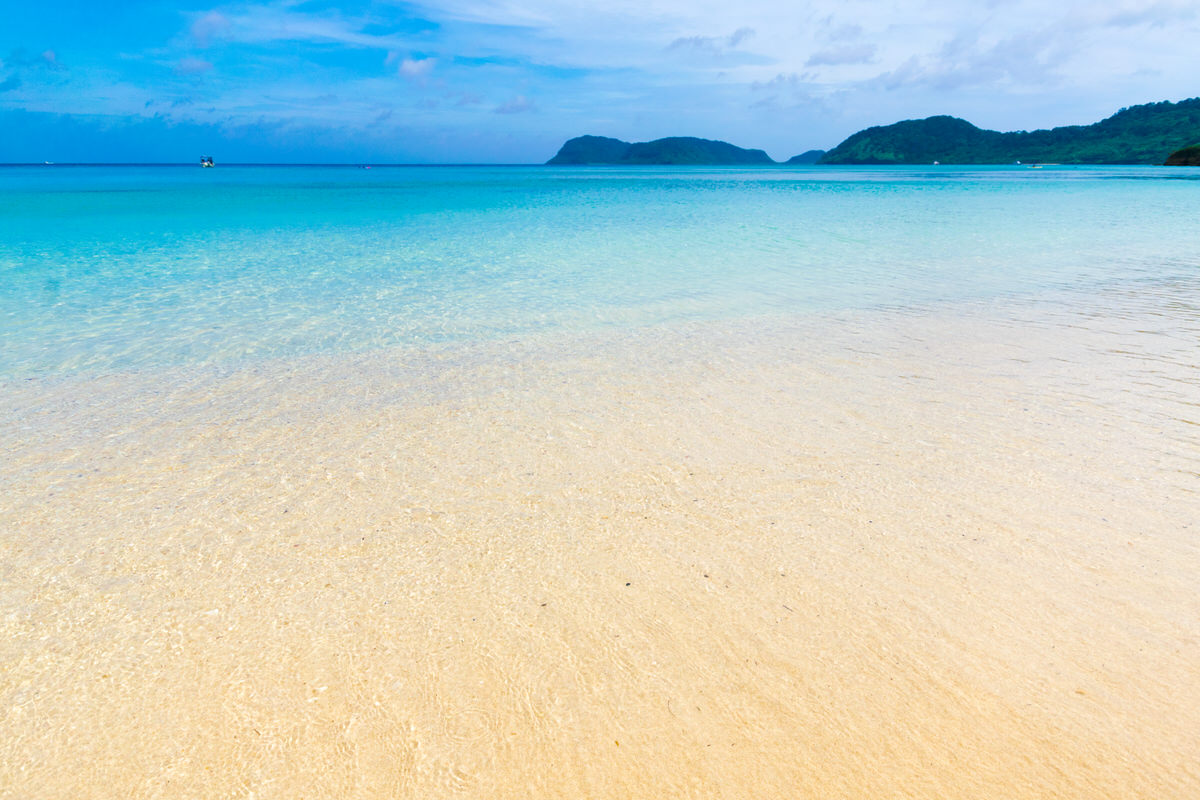 イダの浜は西表島の陸の孤島、船浮にある秘境のビーチ。