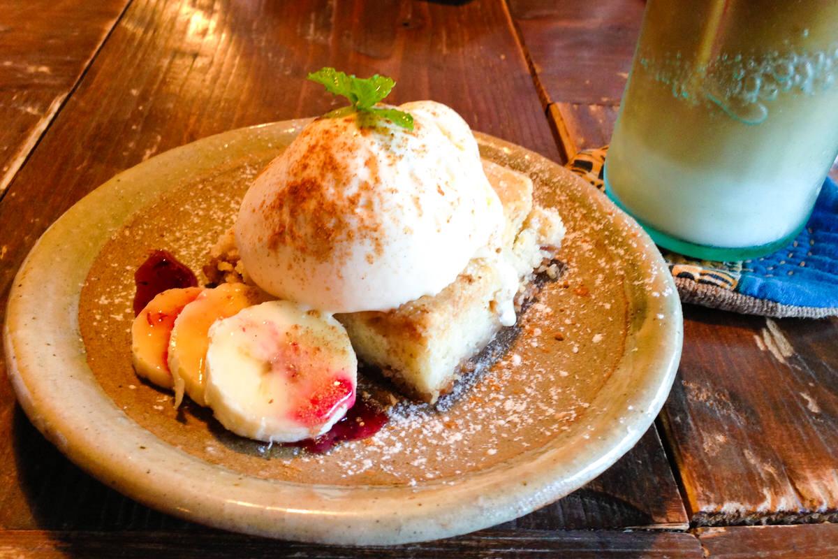 cafe ハコニワ 沖縄本部