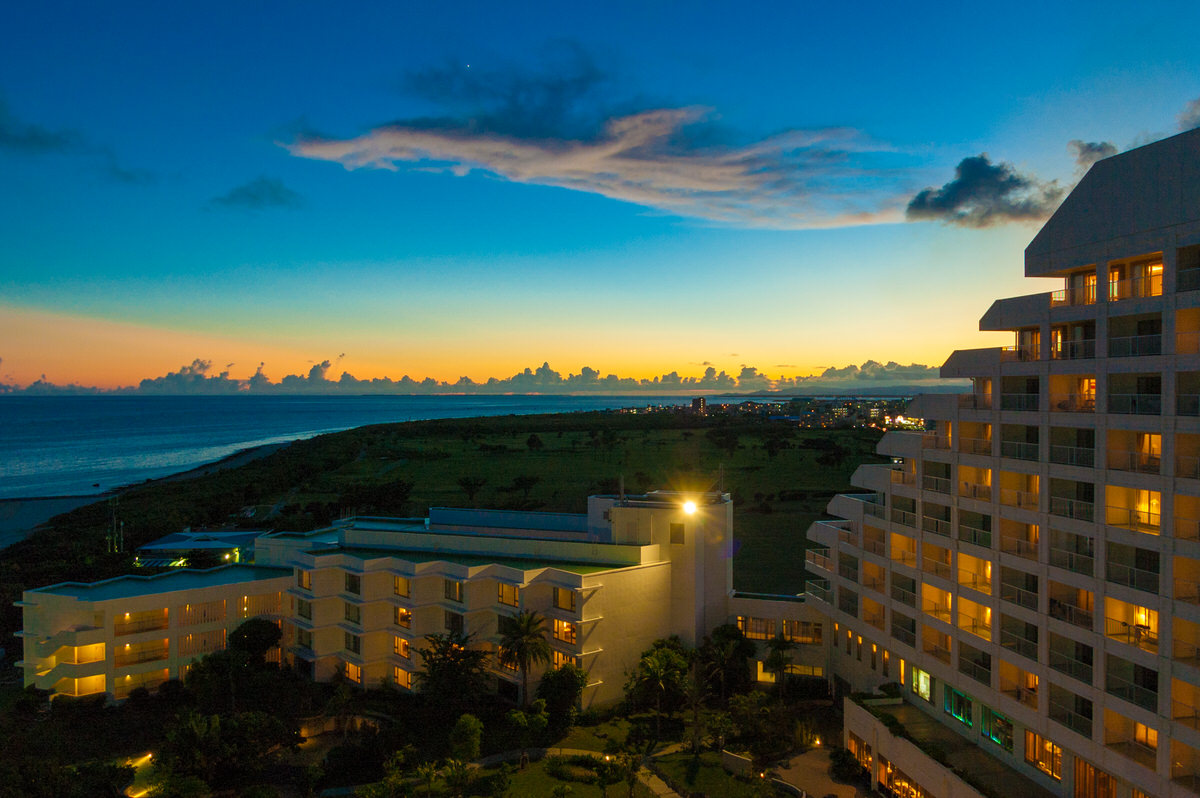ANAインターコンチネンタル石垣リゾート マエサトビーチの夕日