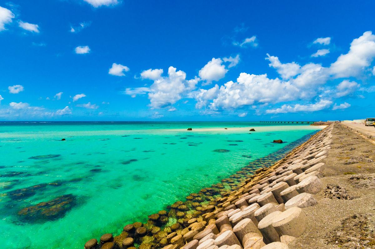 下地島空港RW17エンド横の幻のビーチは絶景スポット