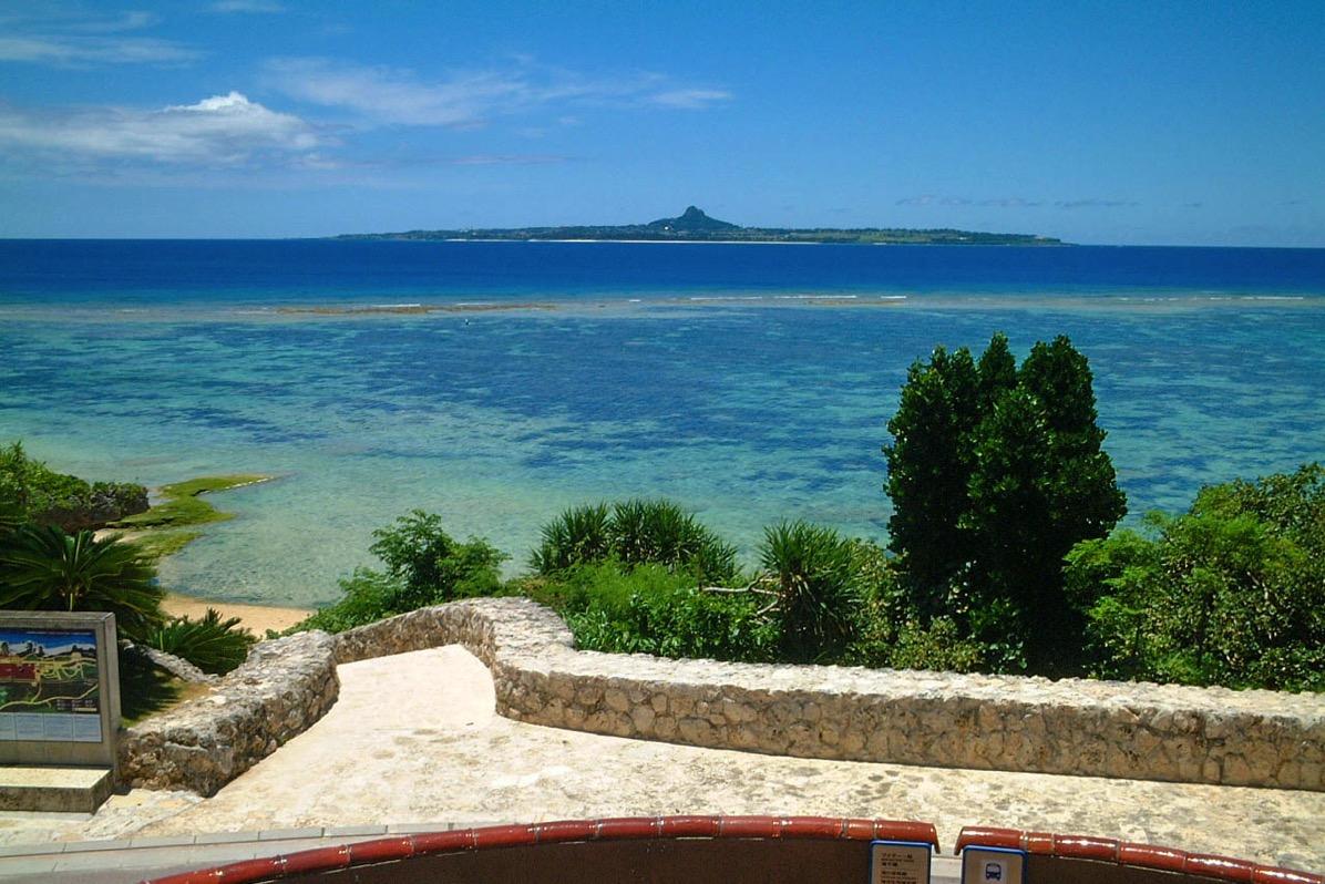 沖縄海洋博公園  沖縄の自然を満喫できる本部半島の大人気公園